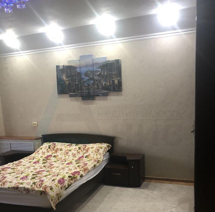 Продам 2-комн. квартиру, Краснодарский край, Сочи, Лазаревский район, улица Павлова, 48