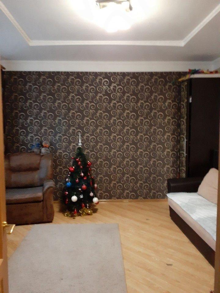 Квартира на продажу по адресу Россия, Краснодарский край, Туапсинский Район, Туапсе, улица Дзержинского