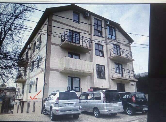 Квартира на продажу по адресу Россия, Краснодарский край, Туапсинский Район, Туапсе, улица Розы Люксембург, 15